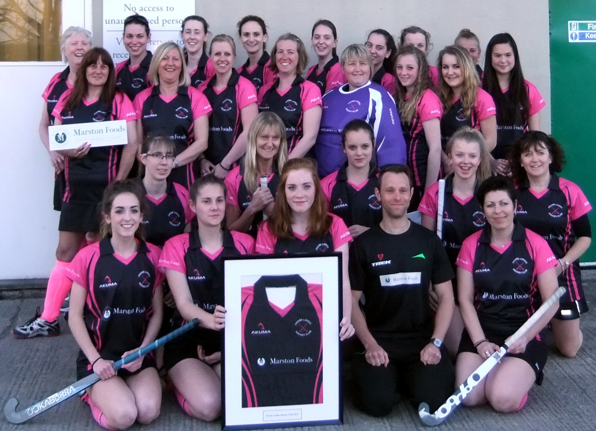 Paul Ryman Fitness & Frome Ladies Hockey Team
